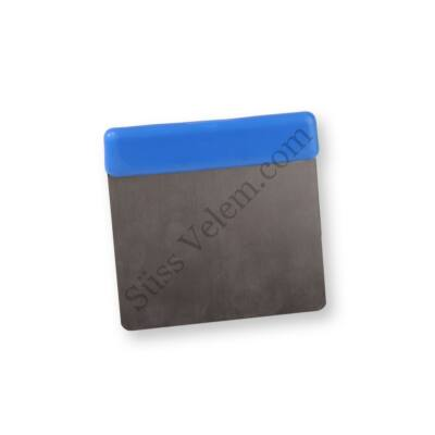 12 cm-es műanyag nyelű trokser