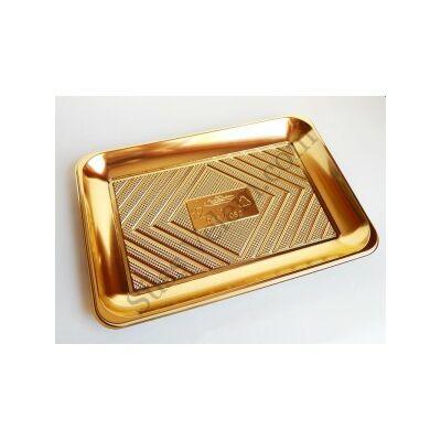 Arany színű szögletes tortaalátét műanyag 22*32 cm