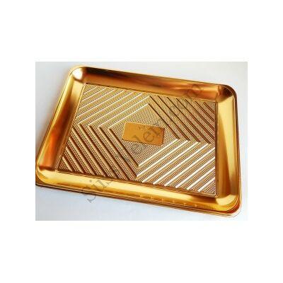 Arany színű szögletes tortaalátét műanyag 37,5*28 cm