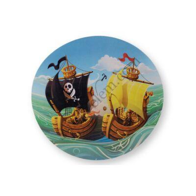 Kalózok a tengeren tortaostya