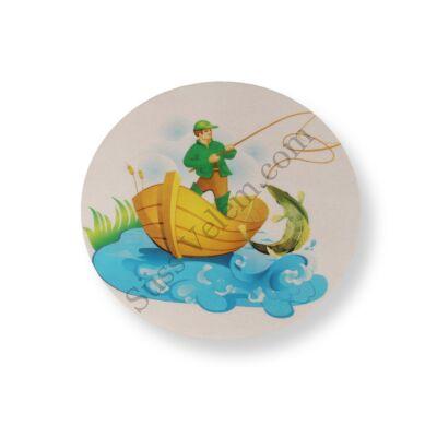Tortaostya horgász a csónakban
