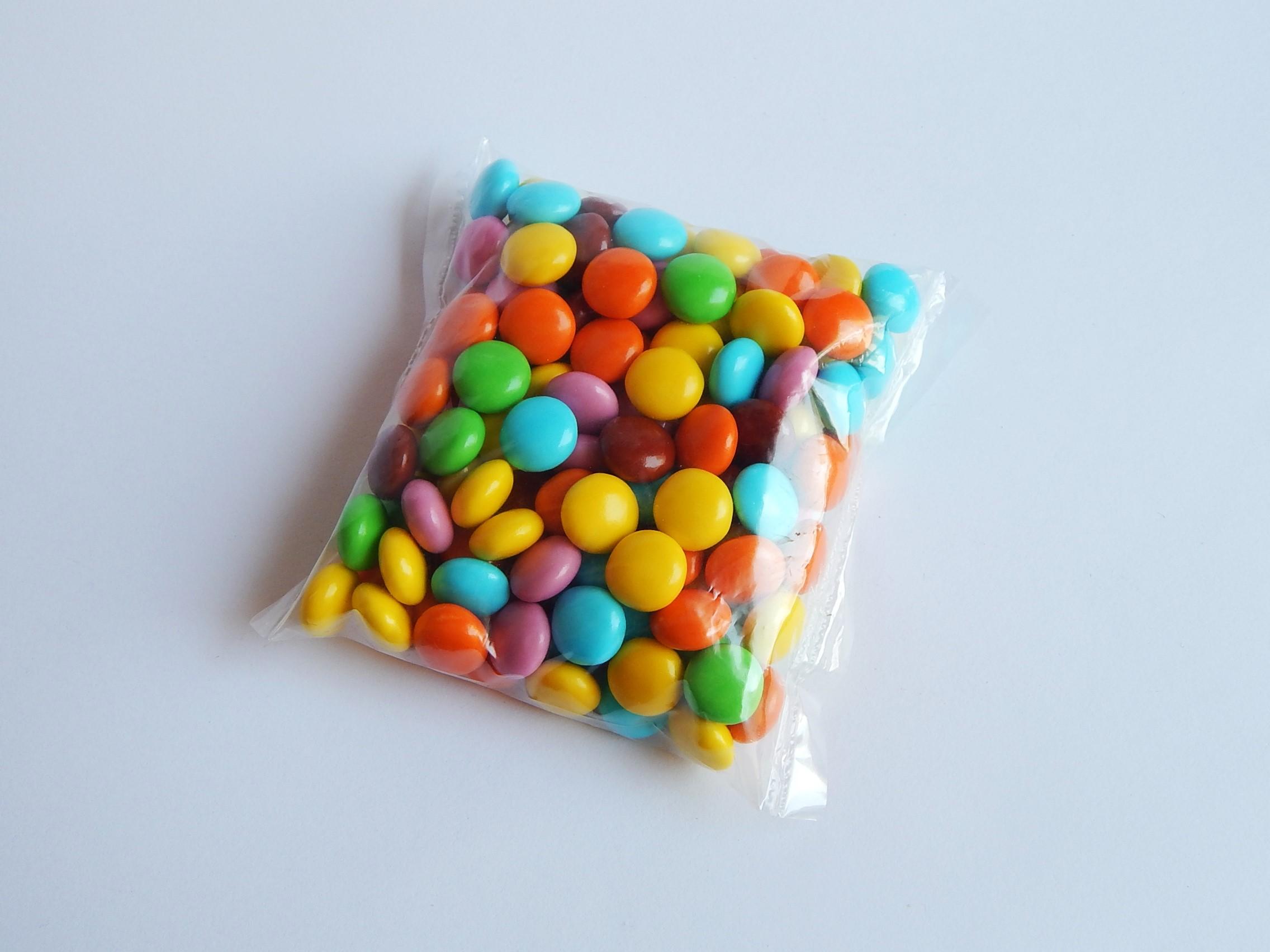 Színes csokidrazsé 20 dkg - Süss Velem.com 1c46cb03ae